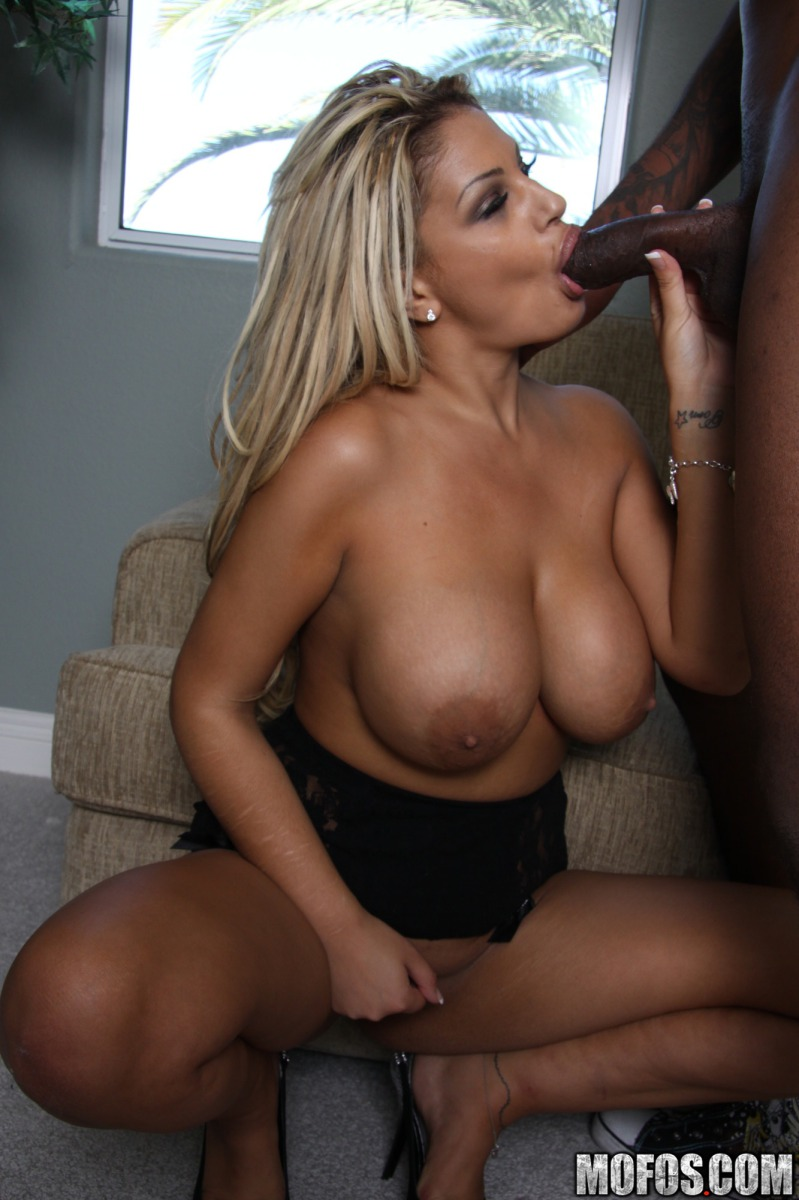 Milfs like it black pornstars